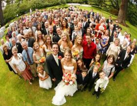 Molti invitati = matrimonio più duraturo!